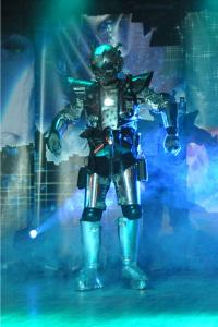 atomos-le-robot-arrive